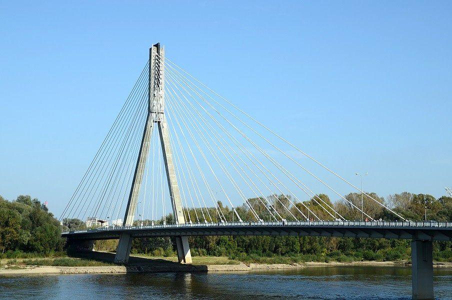 Mężczyzna spadł z mostu do Wisły