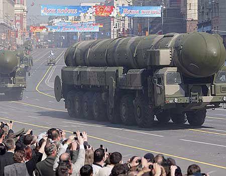 Próba generalna przed wielką defiladą na Placu Czerwonym w Moskwie