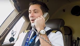 – Drodzy pasażerowie. Mówi wasz kapitan – usłyszeli podróżni. –  Na pokładzie gościmy specjalnego pasażera