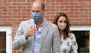 Czuły gest Kate Middleton i księcia Williama. Udali się do salonu gier