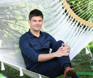Aleksiej Jarowienko dostaje listy od zakochanych fanek