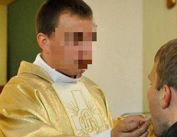 Wikary wcześniej służył w parafii w Serbach