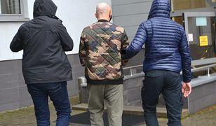 Nowy Sącz. Seniorka wyrzuciła przez okno ponad 20 tys. złotych