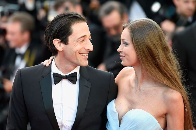 Amerykański aktor i piękna partnerka