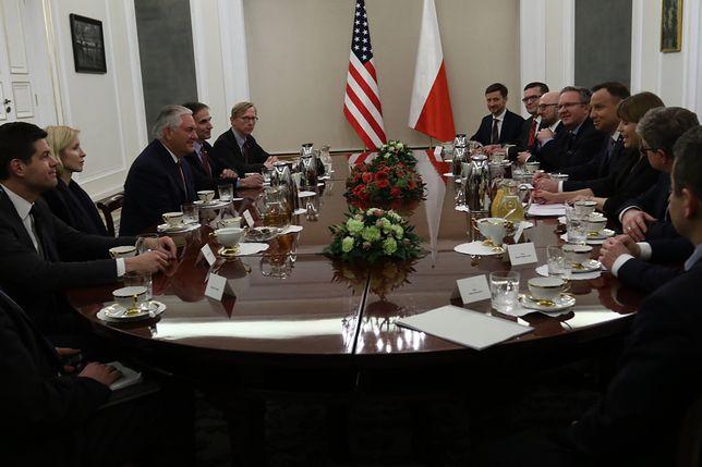 Rex Tillerson spotka się z Jarosławem Kaczyńskim. Rozmowa za zamkniętymi drzwiami