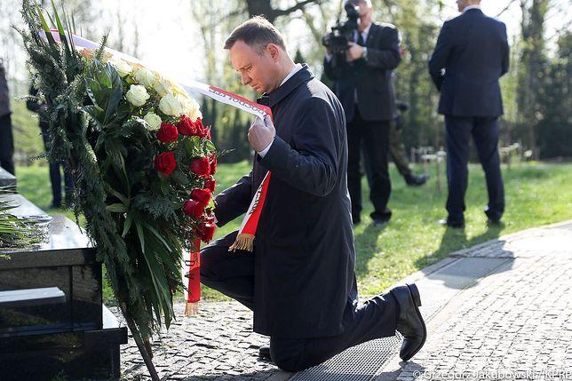 Andrzej Duda w 7. rocznicę katastrofy. Po pojednawczym tonie sprzed roku nie było śladu