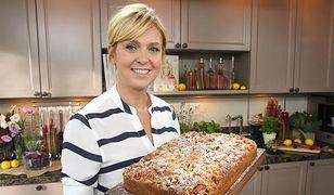 Znakomite ciasto z kruszonką. Prosty przepis na deser z rabarbarem