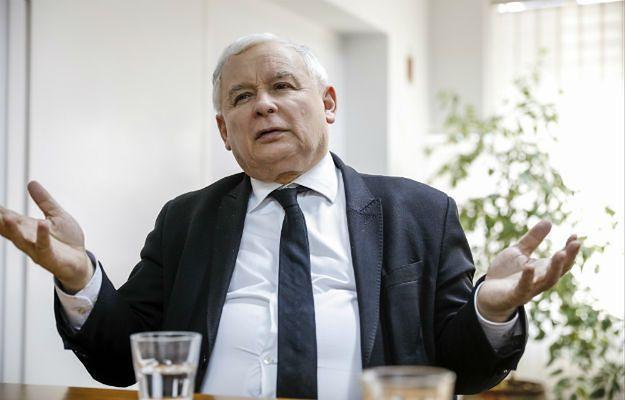 Robert Biedroń insynuuje homoseksualizm Jarosława Kaczyńskiego. I jak poprzednicy, powinien przeprosić