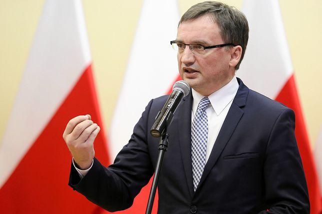 Sędzia Morawiec domaga się od ministra Ziobry przeprosin i wpłaty 12 tys. zł na fundację Dom Sędziego Seniora.