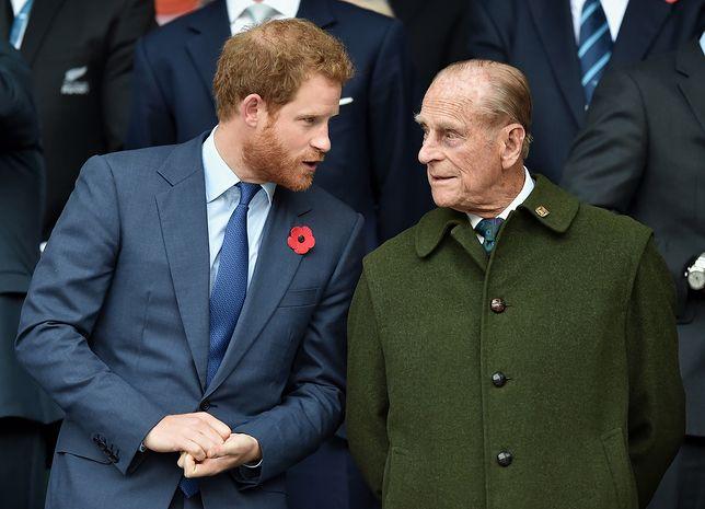Książę Harry wraca po wielu miesiącach do Wielkiej Brytanii