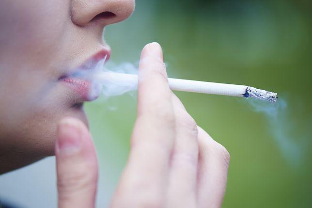 Rzucanie palenia w Japonii zdecydowanie się opłaca.
