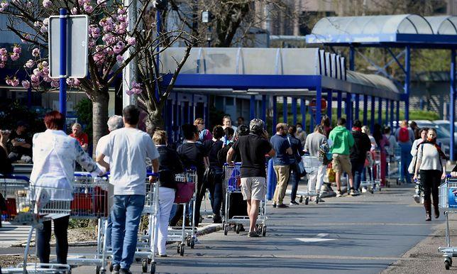 Ograniczenia w sklepach. Już od poniedziałku w życie wejdą nowe regulacje
