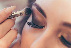 Akcesoria do makijażu, których nie może zabraknąć w damskiej kosmetyczce