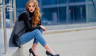 Jeansy można nosić na wiele różnych okazji