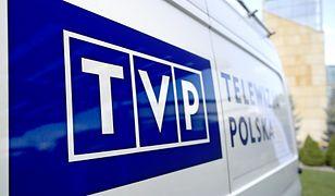 Operator kamery TVP3 Wrocław ma rozbity nos