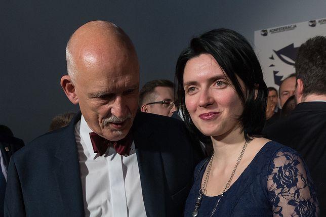 Dominika Sibiga jest żoną Janusza Korwin-Mikkego od 2016 r.