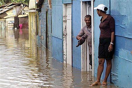 81 ofiar tropikalnego sztormu Noel