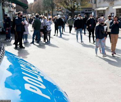 Symulacja zaginięcia Iwony Wieczorek. Blokada Monciaka w Sopocie