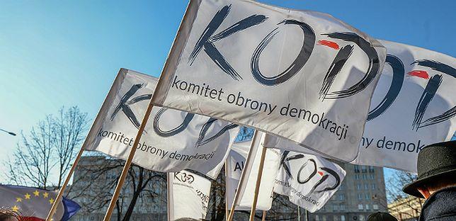 """KOD w niedzielę idzie pod Sejm bronić sądów. """"To zamach stanu"""""""