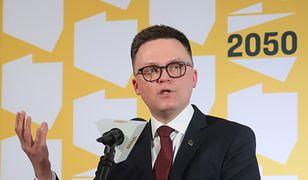 """Szymon Hołownia """"połknął"""" KO. Reakcja na nowy sondaż może zastanawiać"""