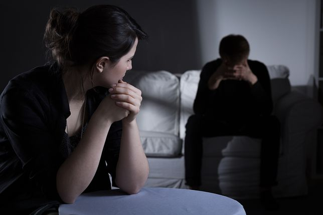 Kobieta w ciąży chce napisać list do kochanki męża. Zamierza zamieścić w nim zdjęcie z USG