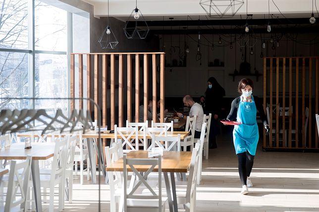 Restauracja Wesołe Gary w Krakowie otwarta mimo lockdownu