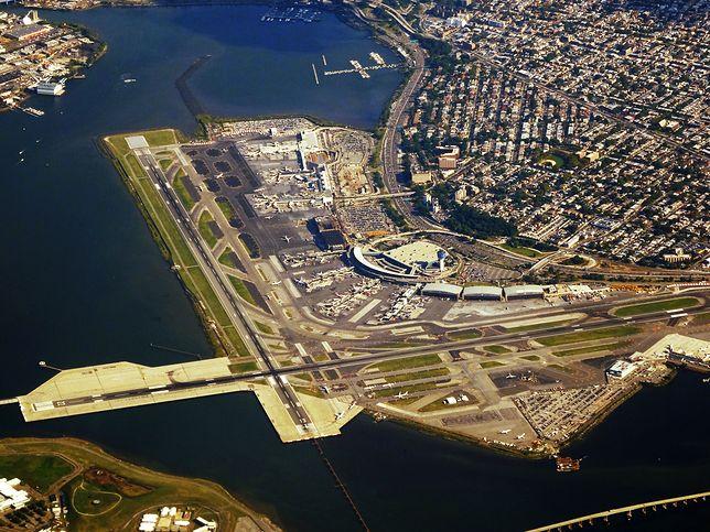 Lotnisko LaGuardia to jedno z trzech największych lotnisk w Nowym Jorku