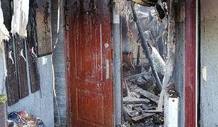 """Podlasie. Spłonął im dom. """"Bracia biegali boso przy ok. -20 stopni C, aby ugasić ogień"""""""