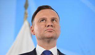Na postrzeganie prezydentury Andrzeja Dudy zauważalnie przekładają się preferencje z II tury wyborów