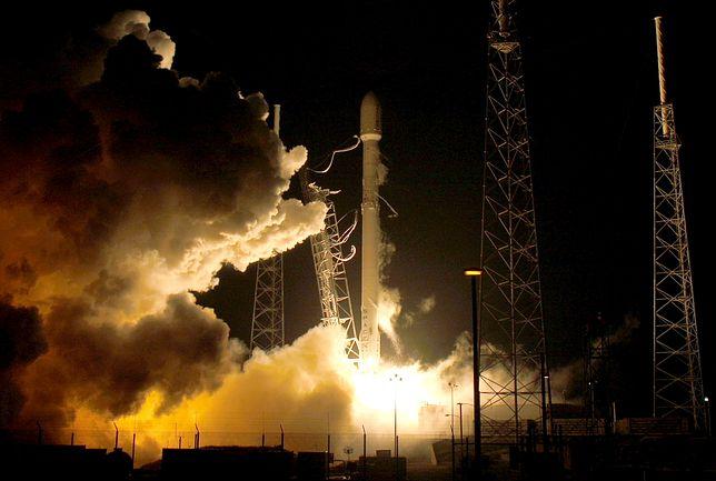 Misja SpaceX dla NASA zakończyła się powodzeniem