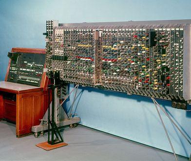Właśnie tak wyglądały pierwsze komputery. Od tego czasu wiele się zmieniło