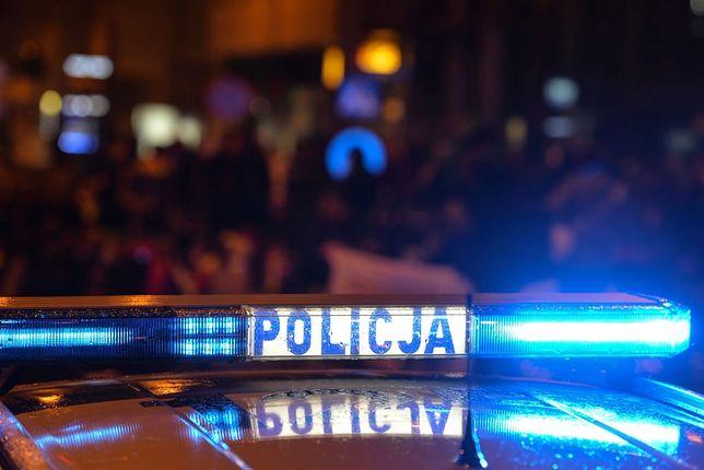 Wypadek w Białymstoku. Kierowca uciekł z miejsca zdarzenia