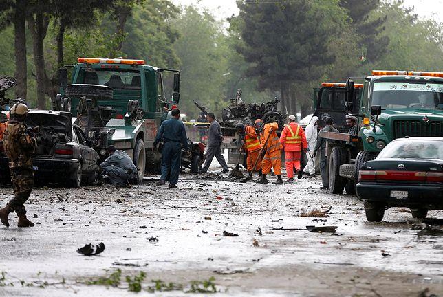 Samobójczy zamach przy misji ONZ w Kabulu: Rośnie liczba ofiar