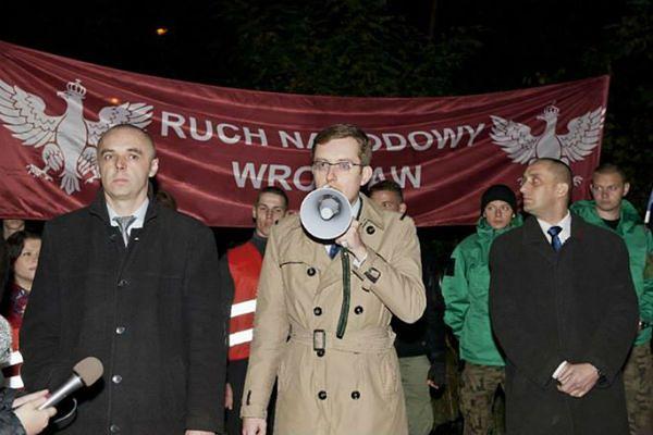 Pikieta przy romskim koczowisku. Głos zabrał kandydat na prezydenta Wrocławia