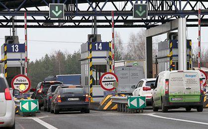 Niemcy wprowadzą opłaty za autostrady dla cudzoziemców. Polacy marzą o takich stawkach w kraju