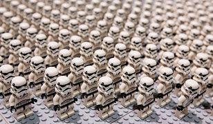 Minifigurki Szturmowców pojawiły się w zestawach Lego w 2001 r.