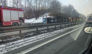 Przewrócona ciężarówka na obwodnicy Trójmiasta