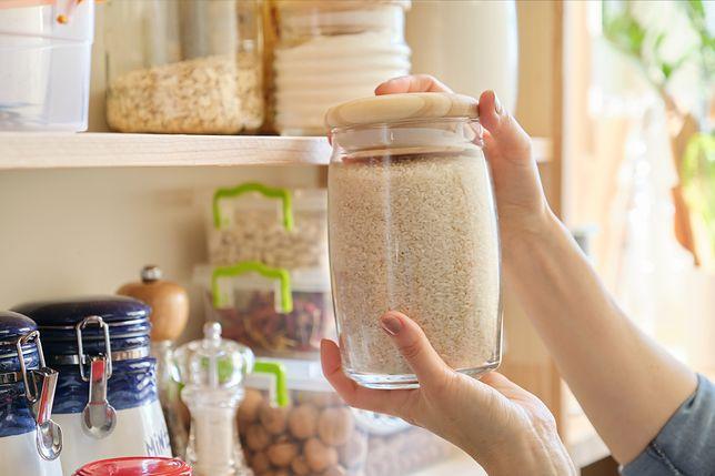 Jak pozbyć się moli spożywczych z kuchni?