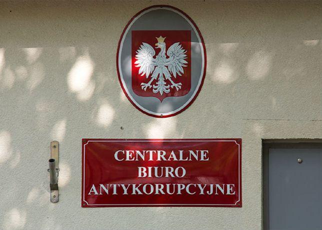 Policjant z Gorzowa sprawdzał billingi byłego rzecznika CBA. Wiedział, co robi