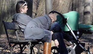 Magdalena Schejbal zasnęła na spacerze z córką