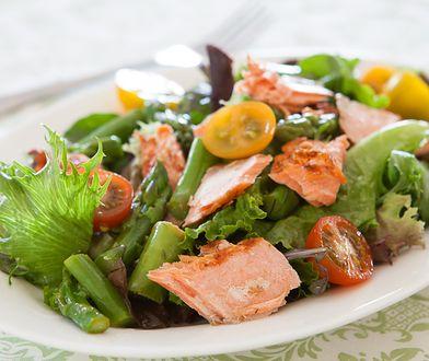 Jedzenie do 18 to jeden z wielu dietetycznych mitów zakorzenionych w naszych przekonaniach