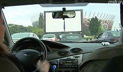 Kino samochodowe w Warszawie pod Stadionem Narodowym