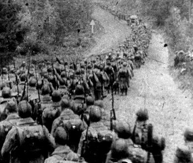 Kolumny piechoty sowieckiej wkraczające do Polski