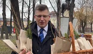 Marcin Warchoł bez maseczki. Minister zdrowia: nie ma to mojej akceptacji