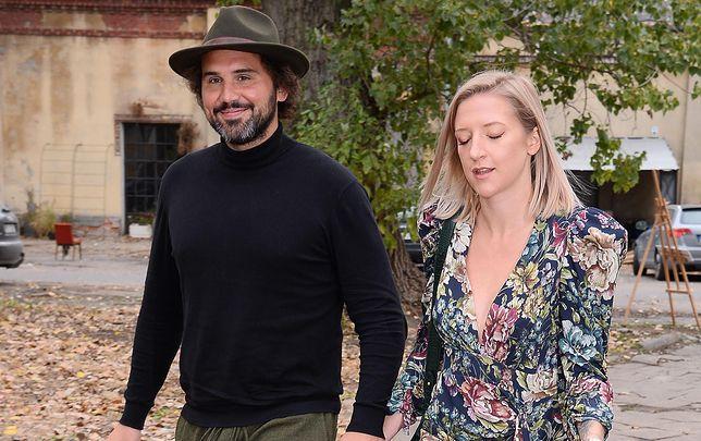 """Lara Gessler i Piotr Szeląg są """"rzymskim małżeństwem"""". Niewielu kobietom odpowiada taki układ"""