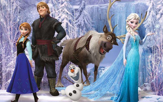 """Wielka bitwa, śnieżne potwory i zła królowa jak u Andersena. """"Kraina Lodu"""" miała początkowo wyglądać zupełnie inaczej"""