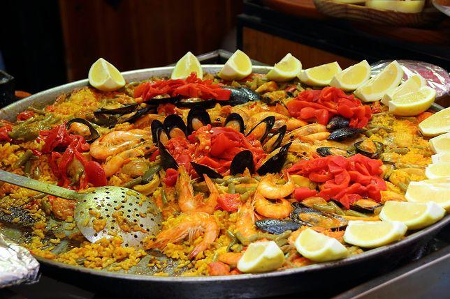 Kuchnia hiszpańska bazuje na warzywach oraz rybach i owocach morza i jest uważana za jedną z najzdrowszych na świecie. Przepisy kuchni hiszpańskiej