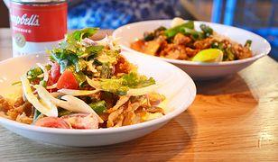 Pad thai to cud tajskiej kuchni. Bangkuk dobrze o tym wie i pielęgnuje tradycję