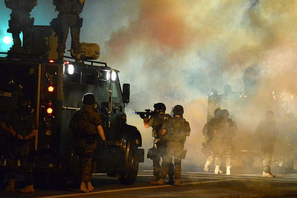 Wojsko na ulicach Ferguson
