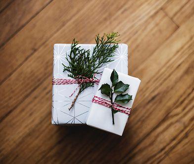 Oryginalne prezenty pod choinkę dla niej – 5 inspiracji